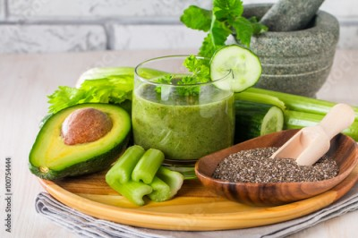 Fototapeta Healthy green juice smoothie